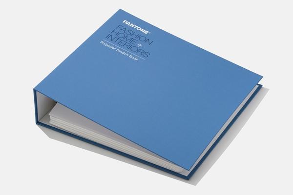 Bild på Pantone Polyester Swatch Book